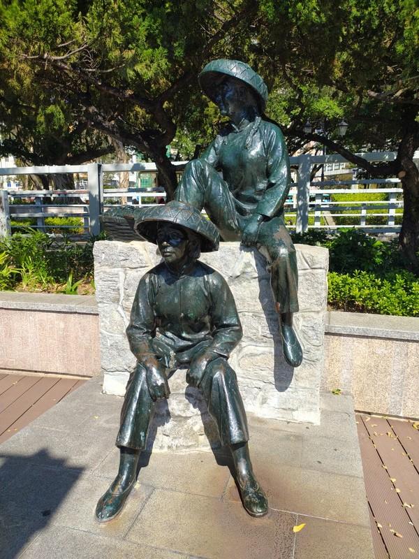 Fishermen Statue on the Promenade.