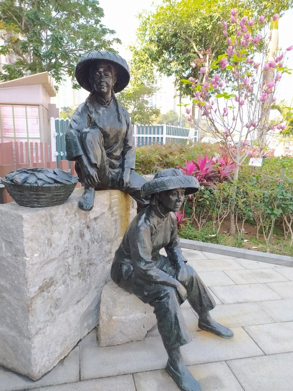 Fish Sellers Statues.