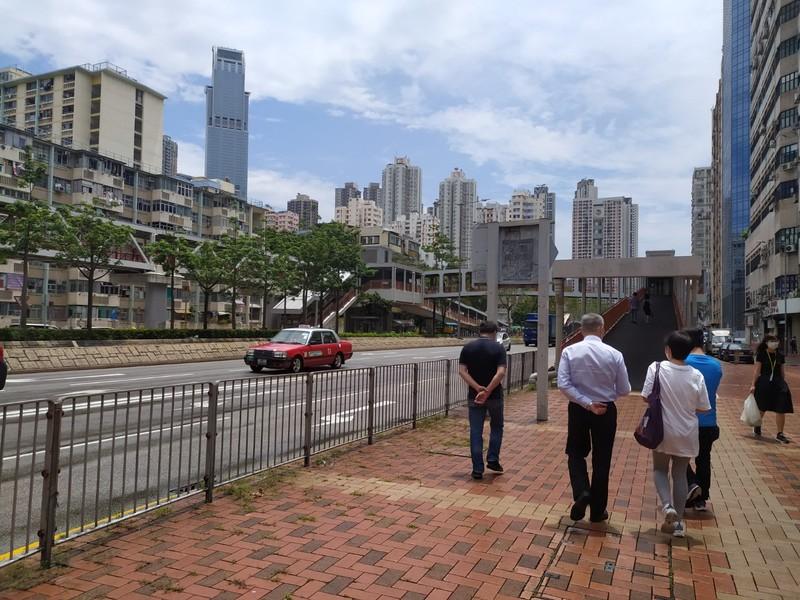 Walking the streets of Tsuen Wan.