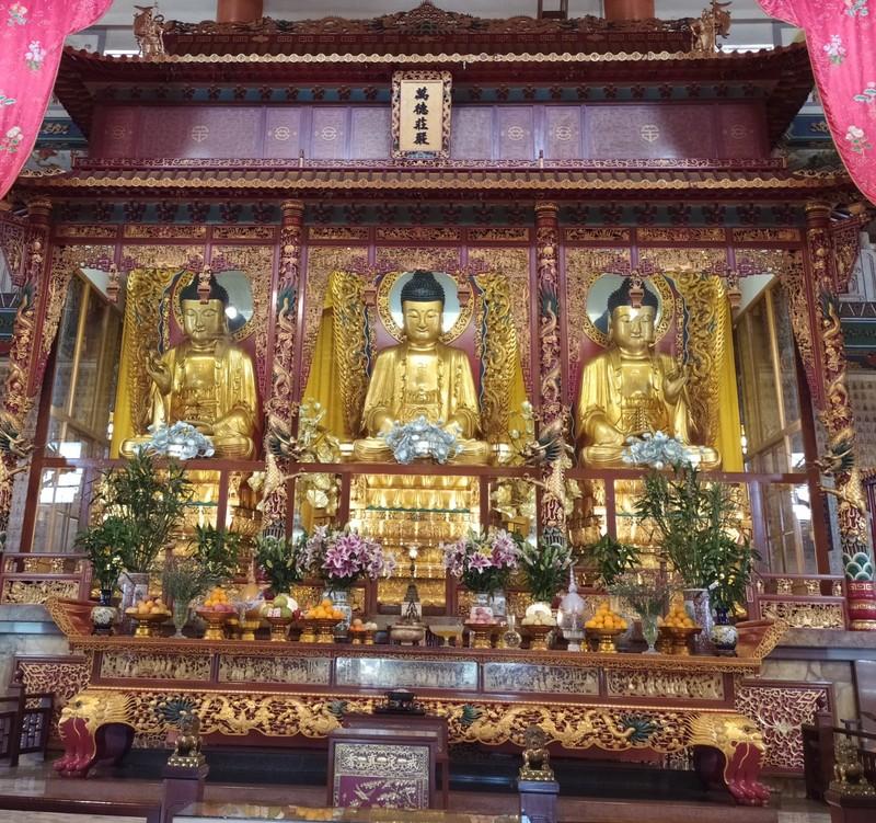The Three Buddhas in the Mahavira Hall.