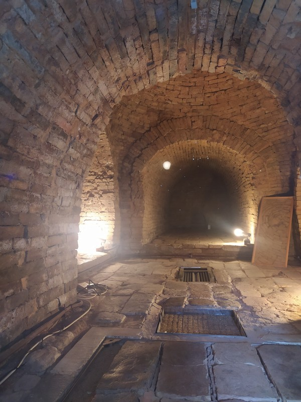Lei Cheng UK Han Tomb.