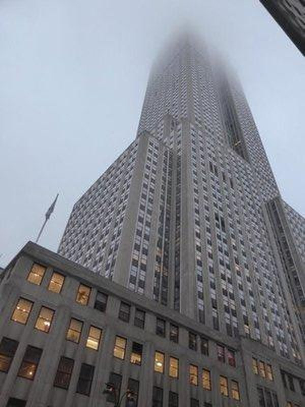the top of the empire state building was missing