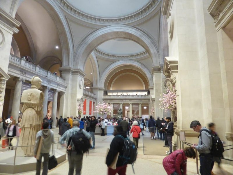 the entry hall of the Metropolitan