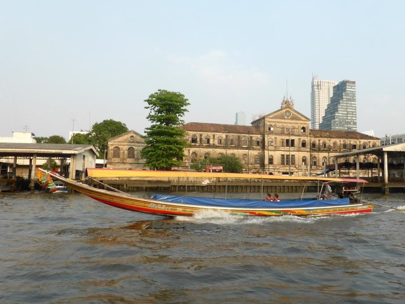 Chao Phraya in action