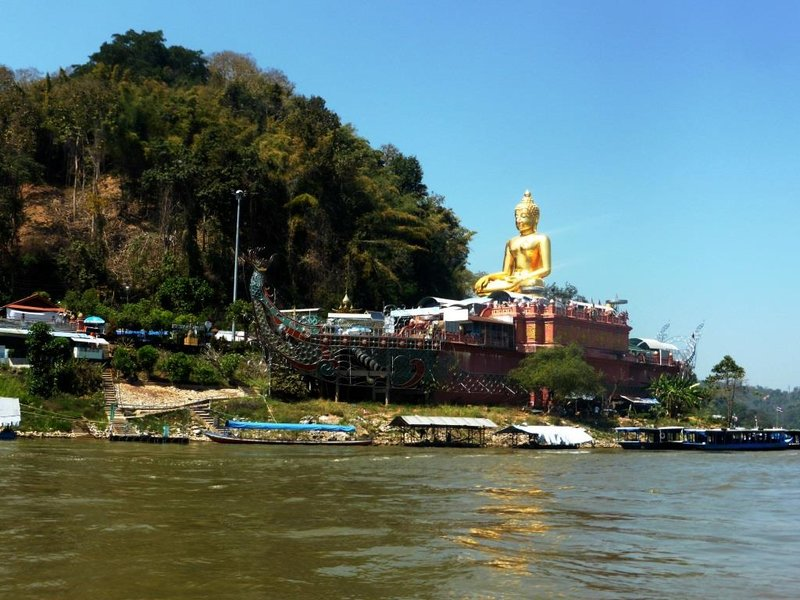 golden buddha on the boat