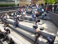 The High Line: resting place and viewpoint