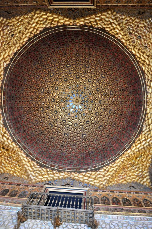Ceiling of the king's chamber