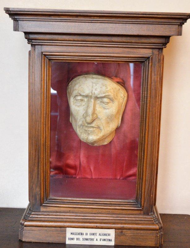 Death mask Dante Alighieri