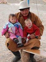 Gobi - Man with children at Flaming Cliffs