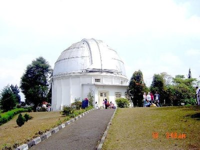 Bosscha_Bandung_Kuppel.jpg