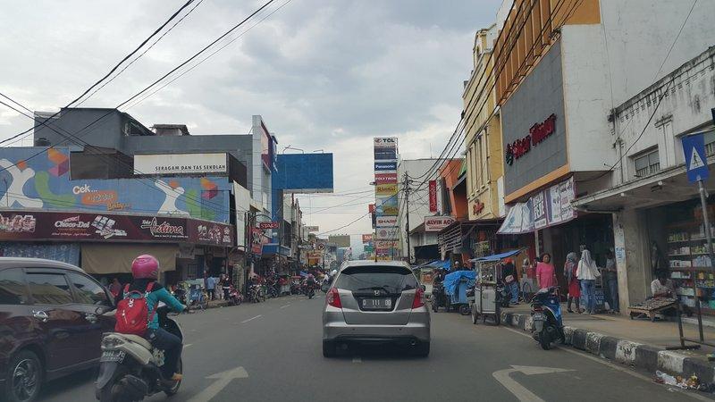 Shops in Garut