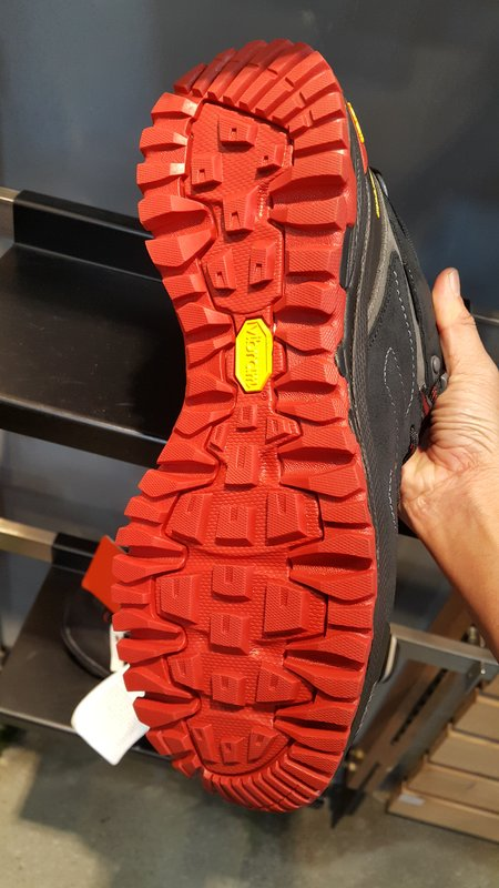 Soles made for volcano climbing