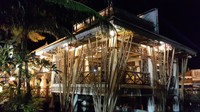 Isdaan Floating Restaurant