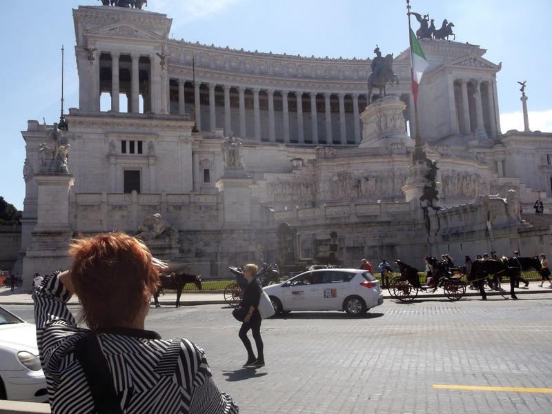 Piazza Venezia (Centre of Rome)