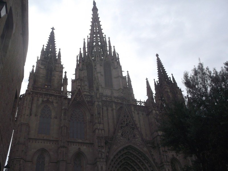 and arrive at the Cathedral Barcelona