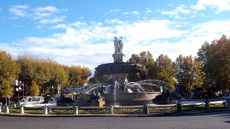 biggest fountain in Aix en Provence