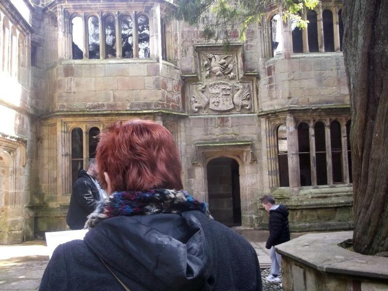 central tudor courtyard