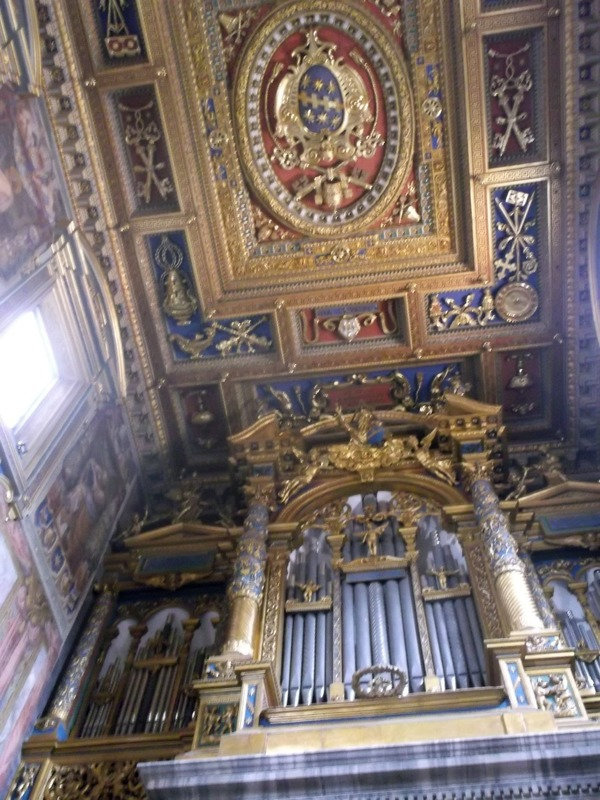 The organ wall and ceiling