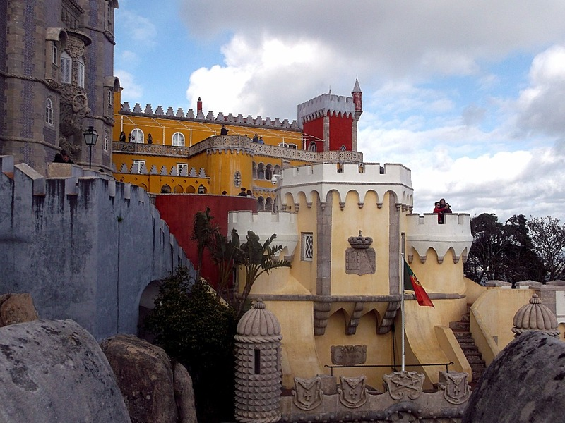 which overlooks most of the Palace