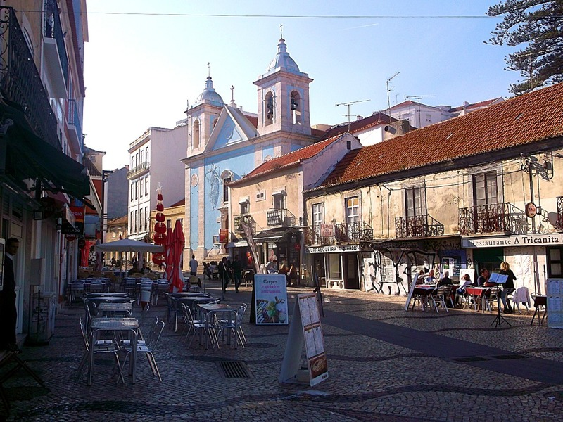little town of Cacilhas