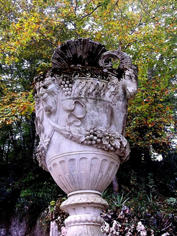 urns carrying diabolic symbology