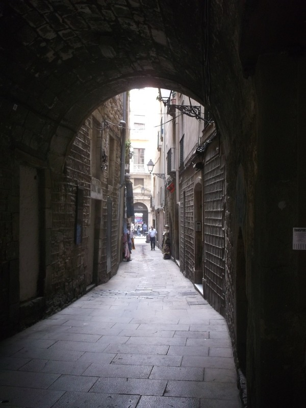 leads to Gothic quarter
