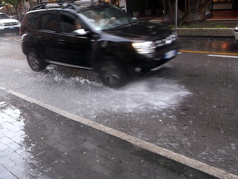 and the streets of Sorrento flooded