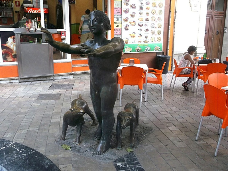 bad statue placement
