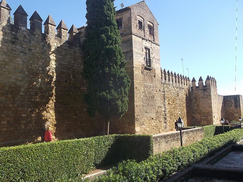 Towers and walls surrounding Jewish quarter