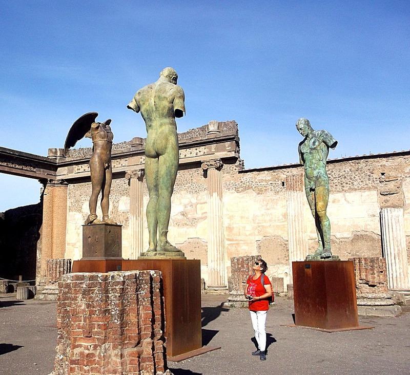Statues 6