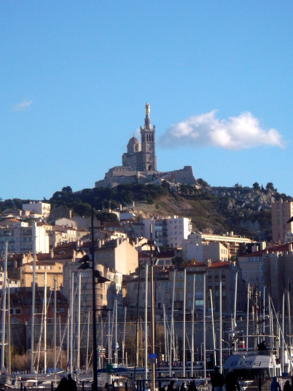 with views up to Notre-Dame de la Garde