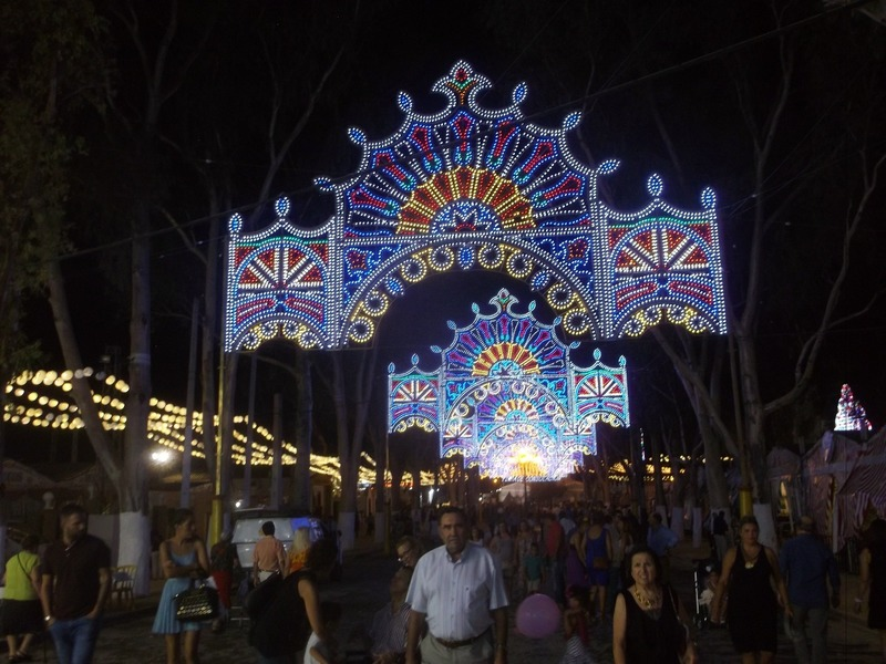each street at the fair is illuminated