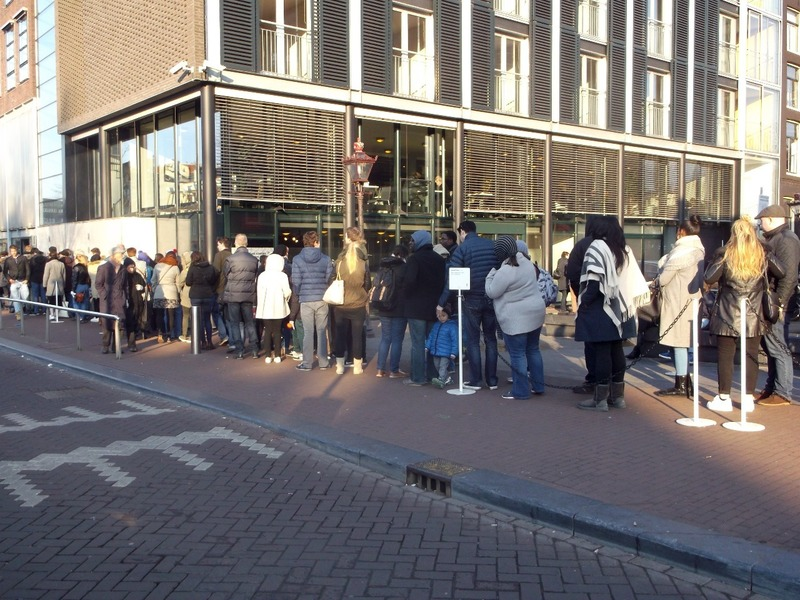 The queue for Anne Frank house