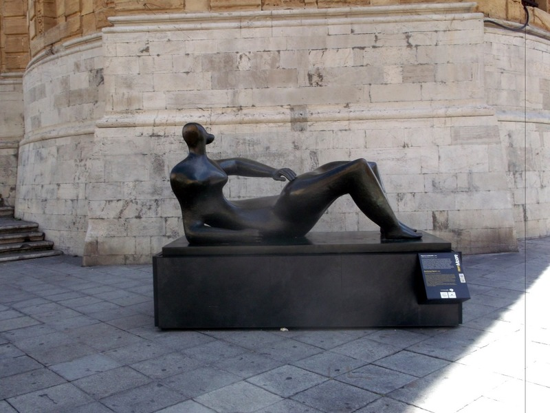 a similar sculpture