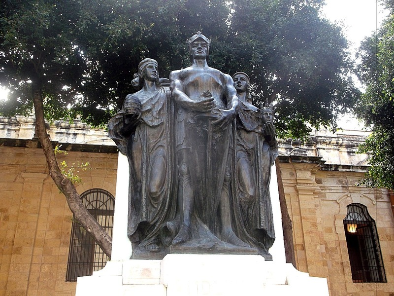 monument commemorating the great seige of Malta.