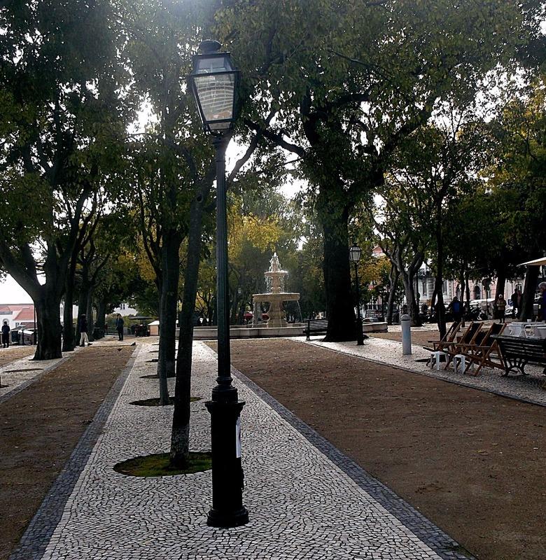 is the Miradouro de Sao Pedro de Alcantara