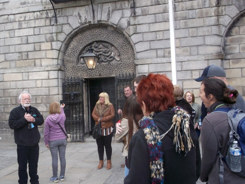 gate where public hangings took place until 1820
