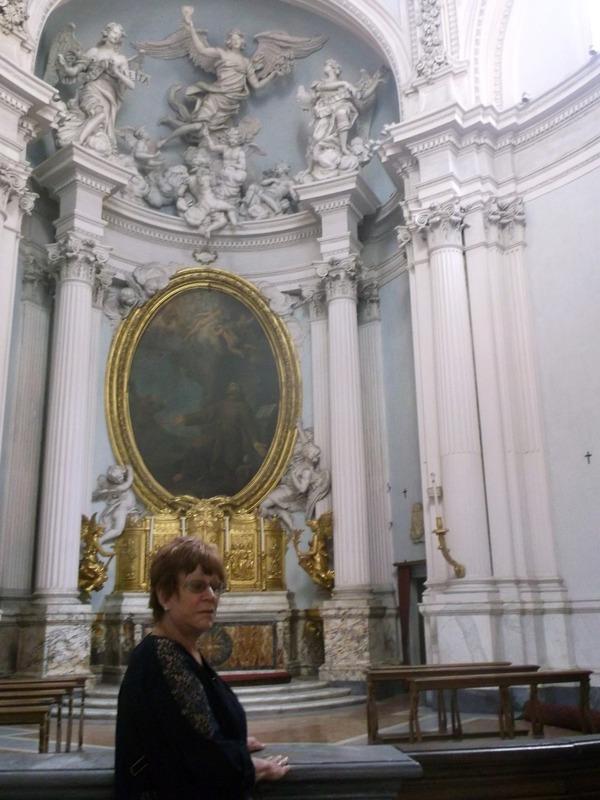 side chapels full of treasures