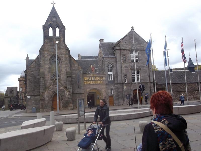 Towards palace of Holyroodhouse
