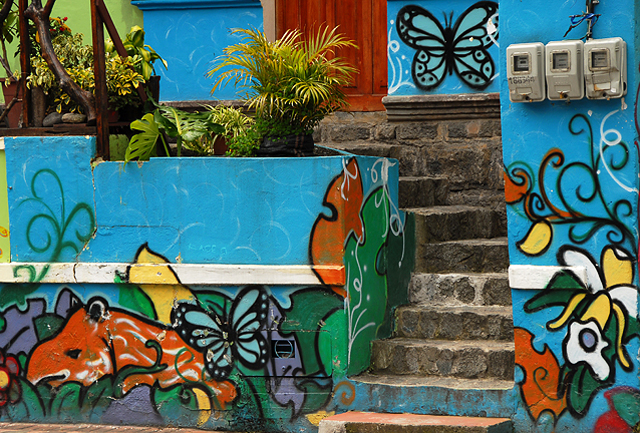 the wall paintings in the town of Baños