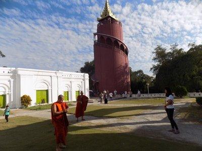 Mandalay Palace inside
