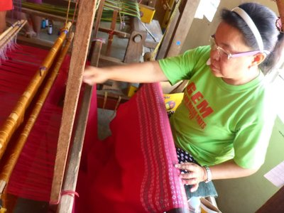 Hablon weaver