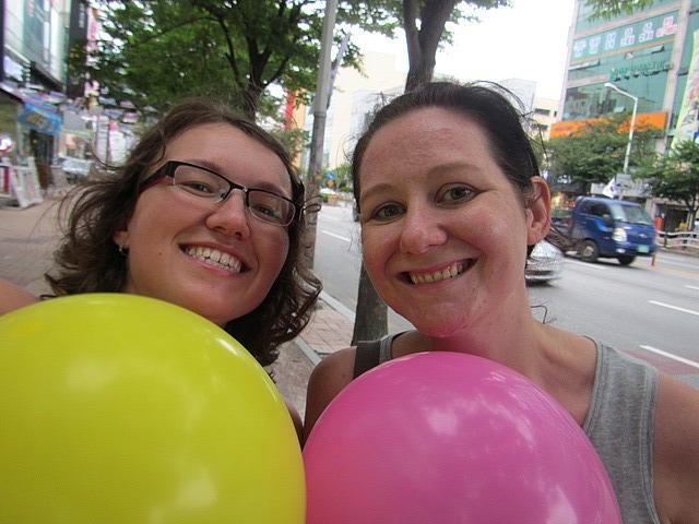 Mel, me, balloons