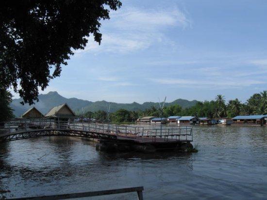 Meklong River