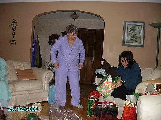 Me and mom vs. Christmas presents