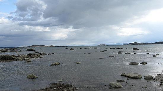Frobisher Bay beach