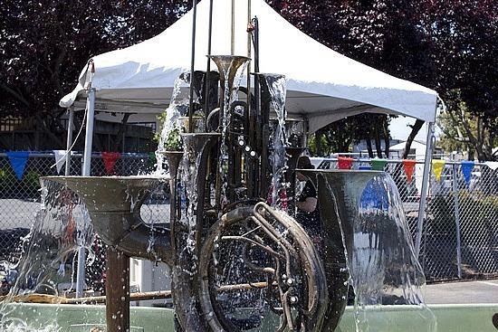 Brass instrument fountain