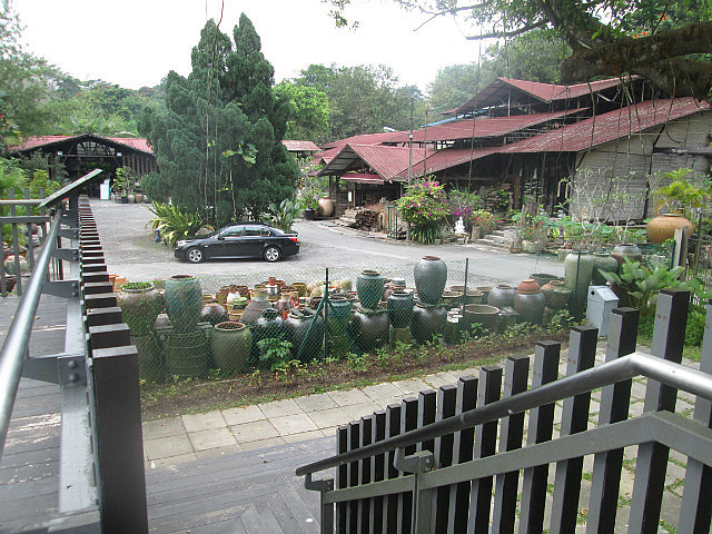 Thow Kwang Pottery Village