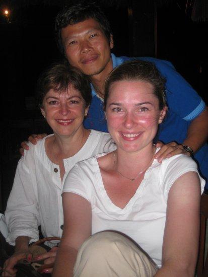 Yui, Kayla, Megan