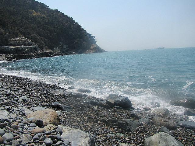 Pebble beach in Taejongdae